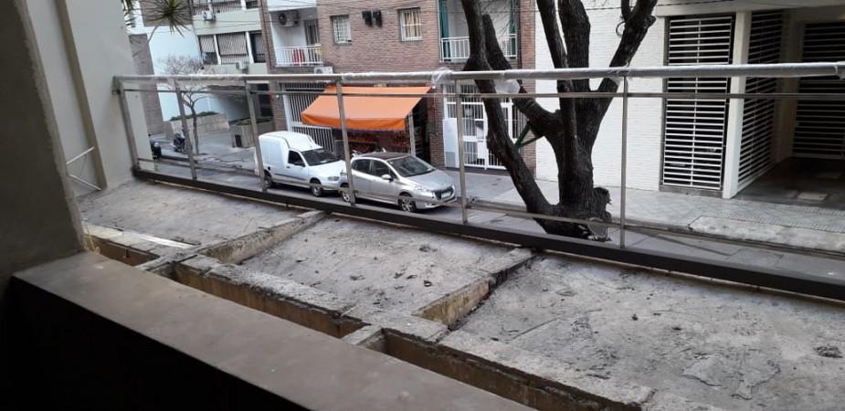 Tres dormitorios - Con balcón a la calle - Amenities - Posibilidad cochera y baulera - Edificio en construcción - Guemes 1900