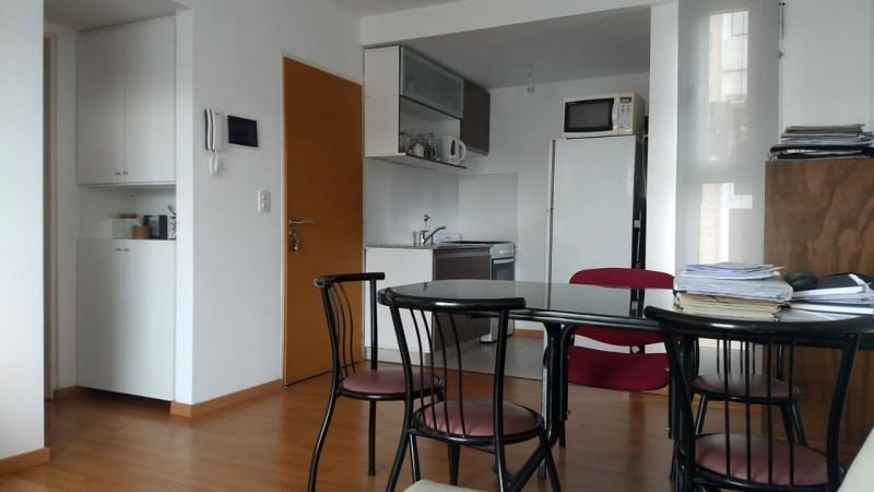 Depto moderno - Un dormitorio, balcon - Vista parcial rio - Arroyito
