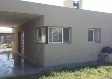 Casa a estrenar en Tierra de Sueños 2 - ROLDAN - Dos dormitorios, parque, piscina, parrillero, lavadero, galería, entrada vehicular.