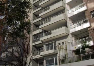 Dos dormitorios - Balcon a la calle - Amenities - Posibilidad cochera y bauleras - Guemes 1900